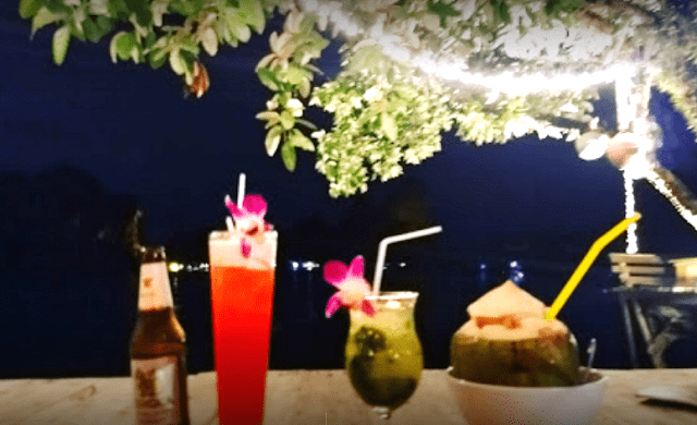 Relax at Tew Lay Bar